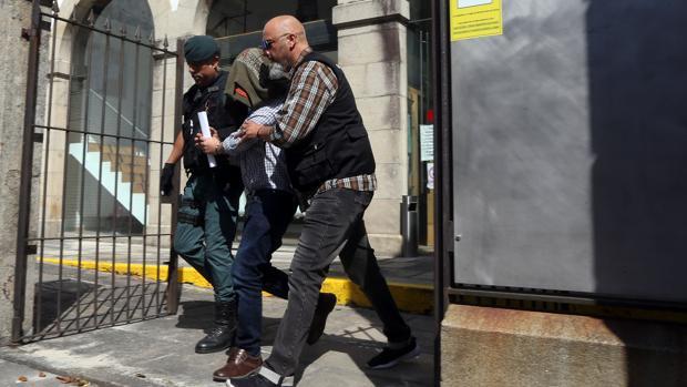El autor del triple crimen de Valga se enfrenta a prisión permanente revisable