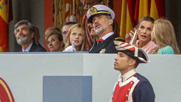 Un desfile militar con la sentencia del «procés» de fondo