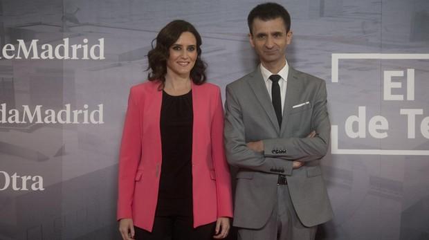 Ayuso redobla sus críticas a Telemadrid: «Ni en la televisión de Sánchez tratan así a la Monarquía»