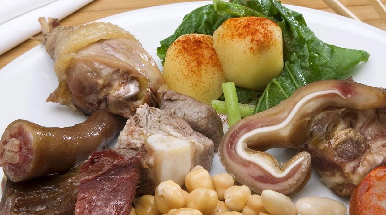 Resultado de imagen de imagenes de la fiesta del cocido de Lalin