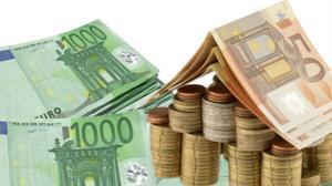 '¿Cómo serán las hipotecas en 2018?' from the web at 'http://www.abc.es/media/espana/Zona-C/hipotecas-billetes-y-casa-kE4G--300x168@abc.jpg'