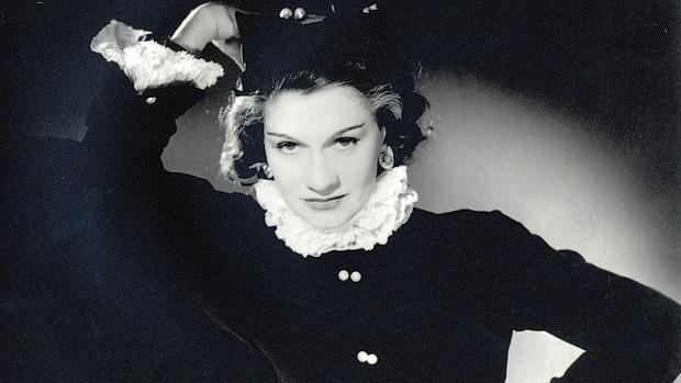 Coco Chanel en una imagen de juventud