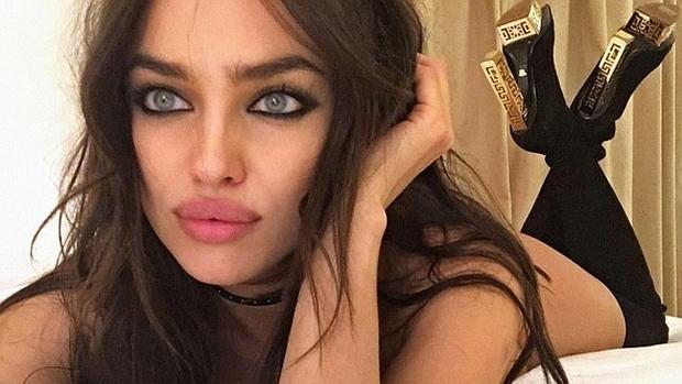 instagram - irina shayk se vuelve viral por un selfie: ¿está desnuda