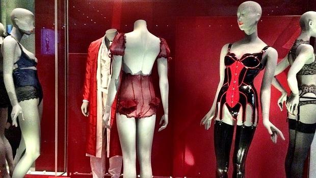La ropa interior como una de las bellas artes for Como desmanchar ropa interior