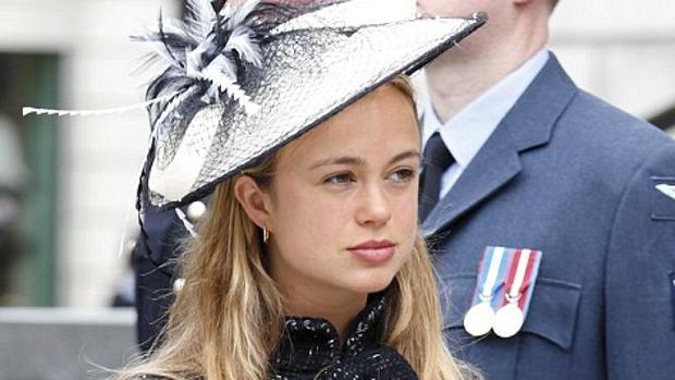 Amelia acudió al 90 aniversario de la Reina vestida de Chanel