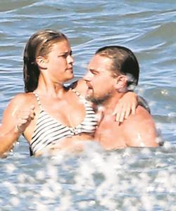 Nina y Leo disfrutando de sus vacaciones en Malibú