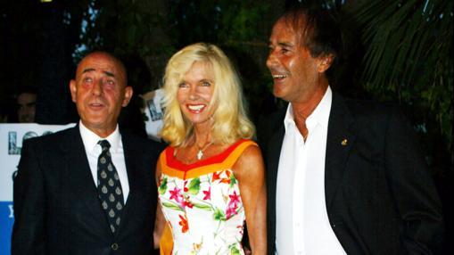 Yeyo con Gunilla Von Bismarck y Luis Ortiz, otro chori