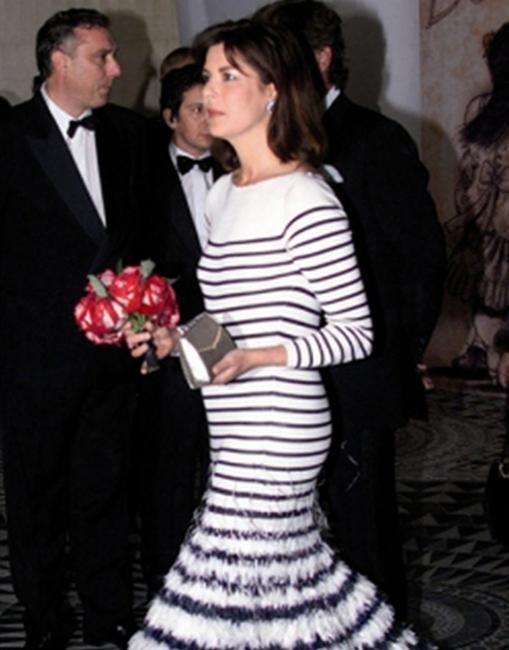 Modelo de Jean Paul Gaultier para el Baile de la Rosa de 2000