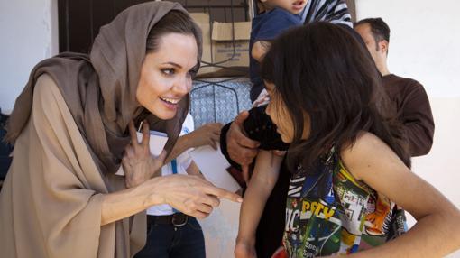 La actriz durante una de las visitas a un centro de refugiados en Siria