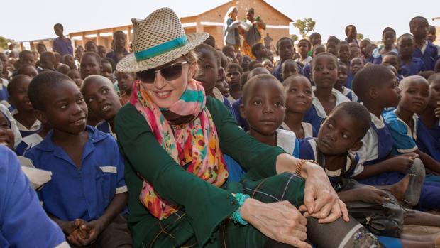Madonna, durante la visita que hizo a una escuela de Malaui en noviembre
