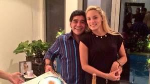 ¿Quién es Rocío Oliva, la pareja de Maradona?
