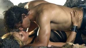 Críticas a un diario deportivo por glosar «los hombres que han pasado por la cama de Shakira»