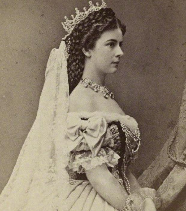 Isabel de Babvera el día de su coronación