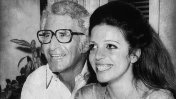 Cristina Onassis con el constructor Joseph Bolker, con quien se casó en 1971