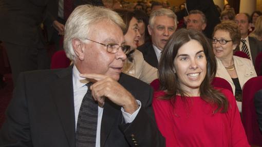 María y Felipe González