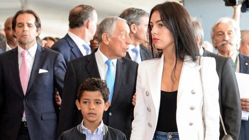 Georgina Rodríguez y Cristiano Ronaldo Jr.