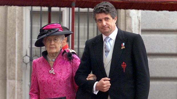 La Infanta Alicia con su nieto Rodrigo Moreno de Borbón en la boda de Don Felipe