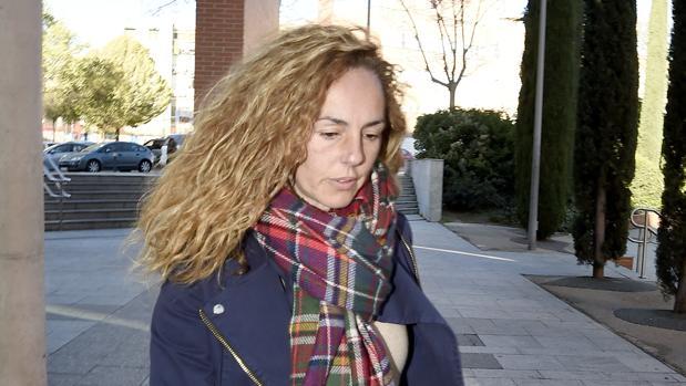 Dos frentes Rocío Carrasco, el 29 de marzo en Alcobendas, a las puertas del juzgado
