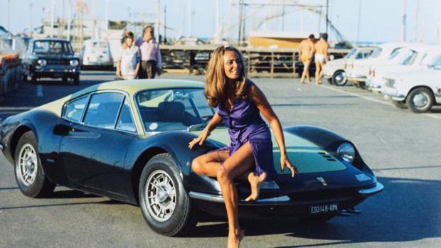 Apasionada por los automóviles, la «señora Fórmula 1»
