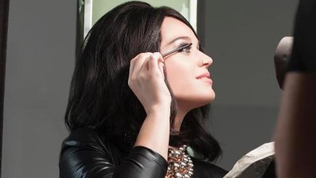 Katy Perry para la promoción de la marca «Covergirl»