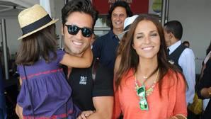 Paula Echevarría y David Bustamante junto a su hija Daniella