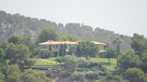 Villa Yasmín está ubicada en una zona residencial de Andratx