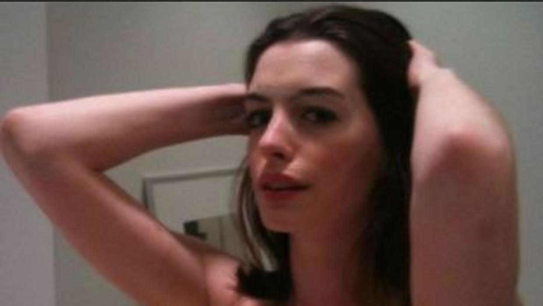 Anne Hathaway desnuda - Fotos y Vídeos -