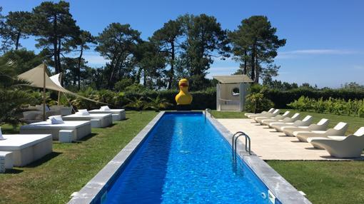 Piscina del hotel Beaumanoir de Biarritz
