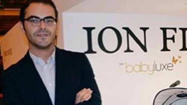 El diseñador Ion Fiz trabajó con mujeres marginadas