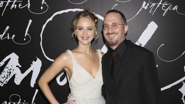 Jennifer Lawrence hace oficial su noviazgo con Darren Aronofsky