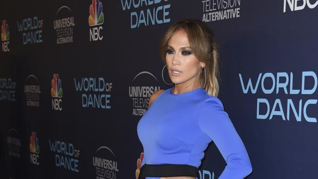 Jennifer Lopez se vuelca con la reconstrucción de Puerto Rico