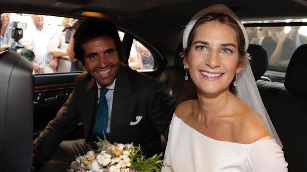 Sibi Montes y Álvaro Sanchís a su salida de la iglesia