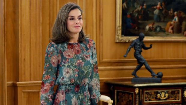 La Reina Letizia recibe a una representación de la Confederación de Federaciones y Asociaciones de Familias y Mujeres del Medio Rural