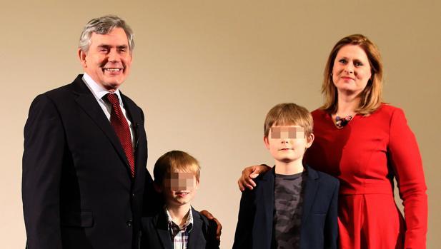 Gordon Brown y su familia