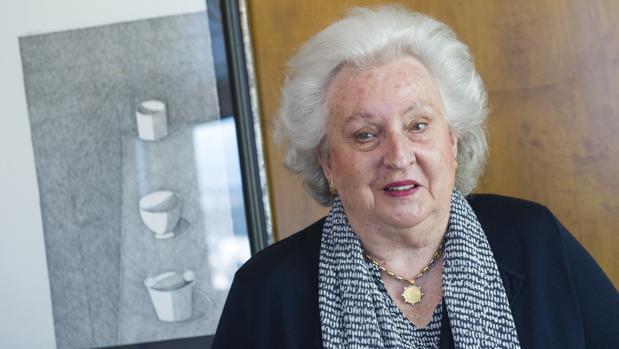 Doña Pilar de Borbón habla con ABC durante la presentación del Rastrillo de Nuevo Futuro