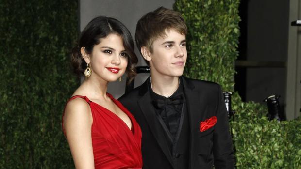 Selena Gómez y Justin Bieber (imagen de archivo)