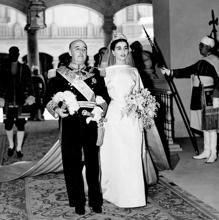 Carmen Franco y su padre el día de su boda