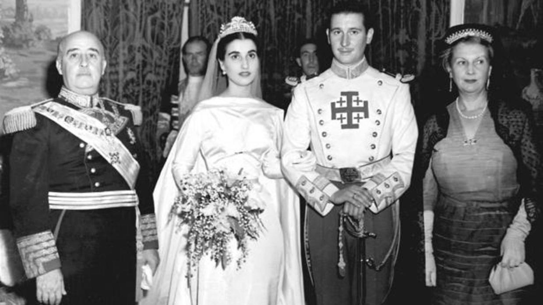 Así fue la boda de Carmen Franco: 800 invitados, donativos y luna de miel con Carmen Polo