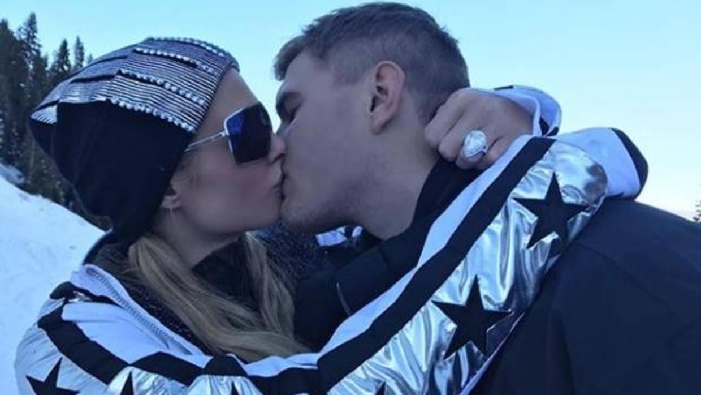 Paris Hilton estrena año y planes de boda: la heredera se compromete con Chris Zylka