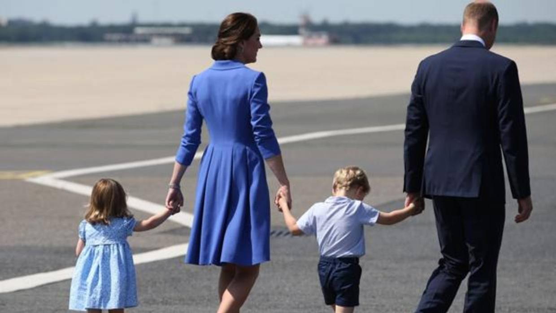 Por qué las fotos de familia de los duques de Cambridge son siempre iguales