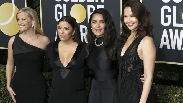 Reese Witherspoon, Eva Longoria, Salma Hayek, Ashley Judd en la alfombra roja de los Globos de Oro