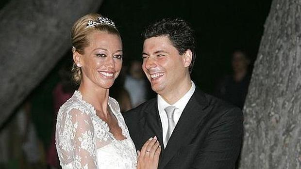Fran Álvarez y Belén Esteban el día de su boda