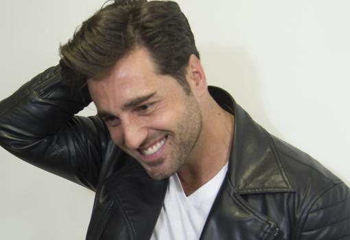 fotos de hombres solteros españoles