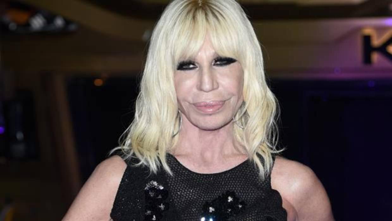 Donatella versace se sincera sobre su abuso de las drogas for Biografia de donatella versace