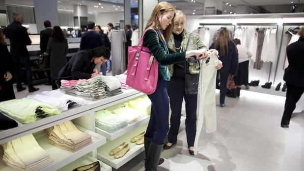 Dos clientas en Zara en Nueva York