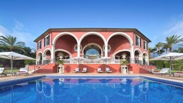 La impresionante casa de Adolfo Suárez en Mallorca sale a la venta ...