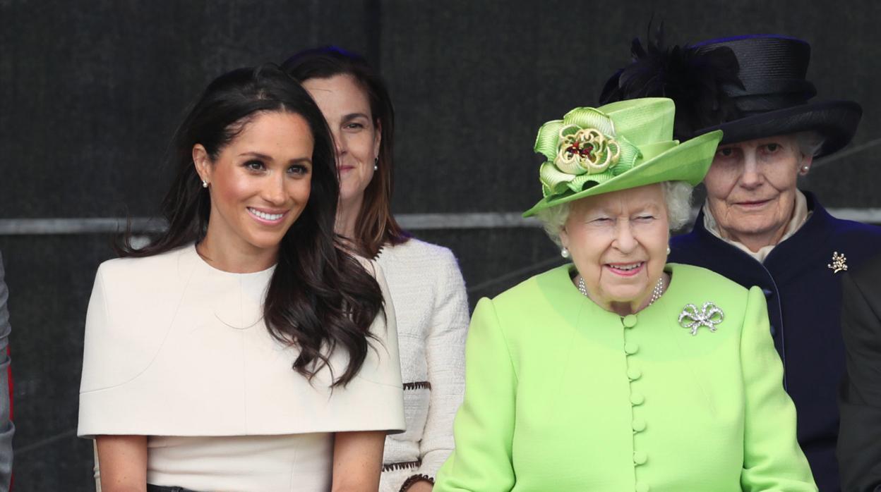Los gestos que revelan la complicidad entre la Reina Isabel II y Meghan Markle