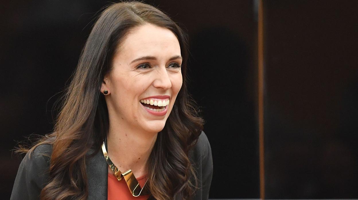La primera ministra de Nueva Zelanda da a luz a su primera hija