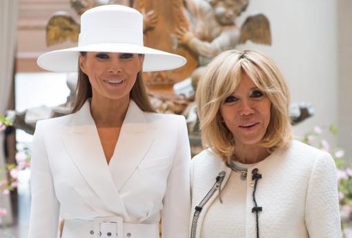 Melania Trump junto a Brigitte Macron