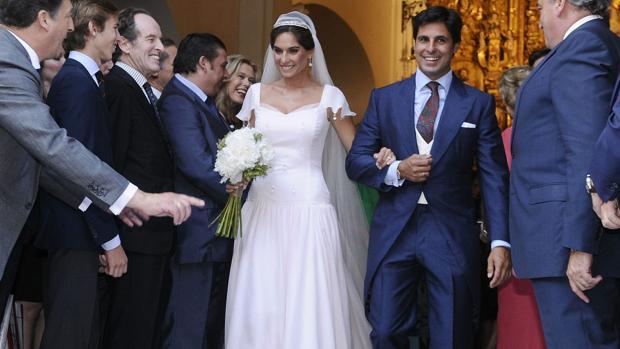Lourdes Montes y Fran Rivera el día de su boda en Triana